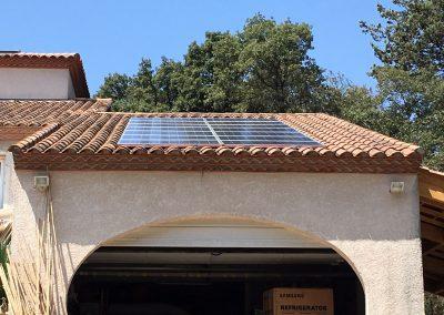 Reprise d'installation photovoltaïque suite à fuite réalisée à Sussargues (34160), par Libow en juillet 2019. Image Libow 2019©