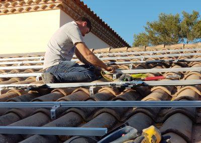 Installation solaire en 9 kWc réalisée à Castelnau-le-lez (34170) par Libow en mars 2019. 30 panneaux solaires SolarWatt utilisés, et micro-onduleurs enphase IQ7. Photo Libow 2019