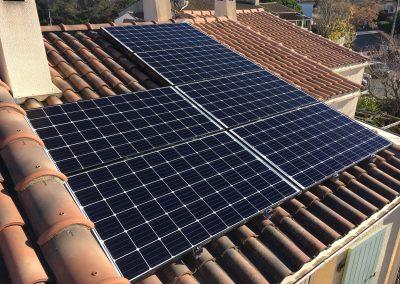 Installation en autoconsommation d'une puissance d'1,8 kWc à Montpellier (34000) par l'installateur photovoltaïque Libow en janvier 2019. 6 Modules puissance de 300 Wc. Photo Libow 2019